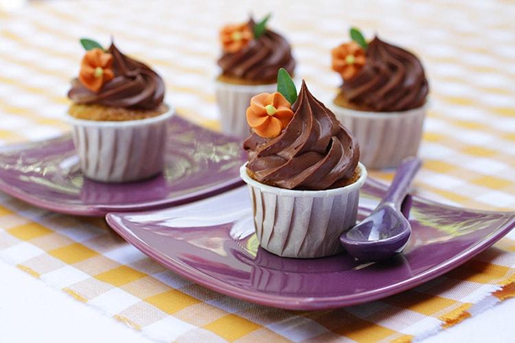 Cupcakes sans gluten carotte glaçage chocolat recette LA PATELIERE