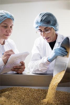 Métiers Sourcing Conditionnement fabrication usine LA PATELIERE