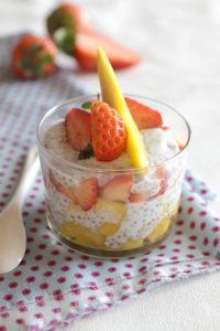 Verrines graines de chia mangue fraise recette LA PATELIERE