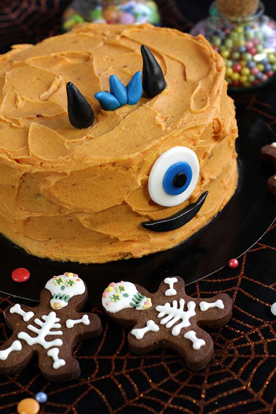 Gateau cyclope Halloween LA PATELIERE