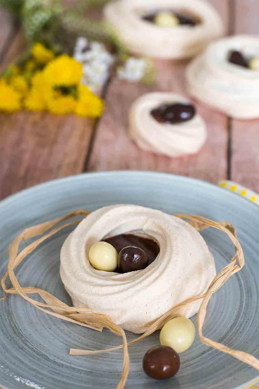 nid meringue chocolat à pâtisser gianduja pâques LA PATELIERE