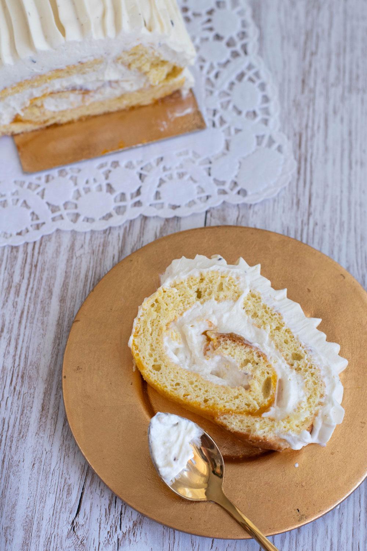 gâteau roulé chocolat blanc à pâtisser coulis mangue elise dit à table LA PATELIERE